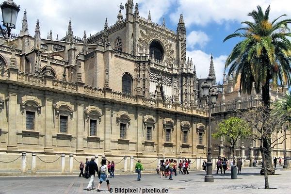 Kathetrale-Sevilla